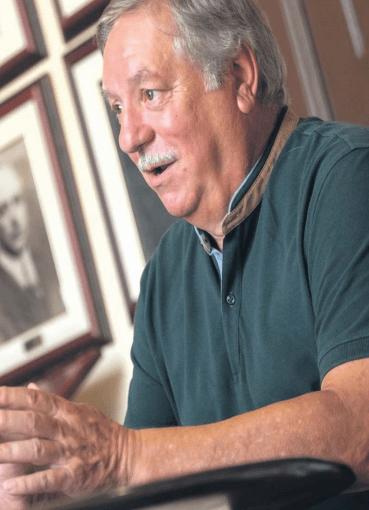 Entrevista a Raúl González Suarez